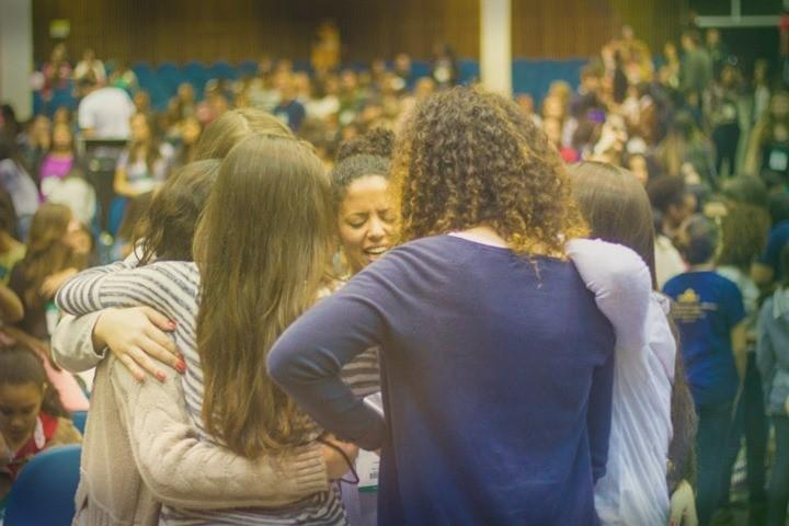 A Importância de se Ter Amigos na Igreja em 8 lições – Série Vida Social (4)